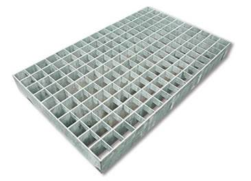 A press-locked aluminum steel grating on the white background.