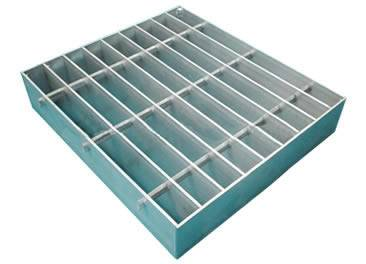 A swage-locked aluminum steel grating on the white background.